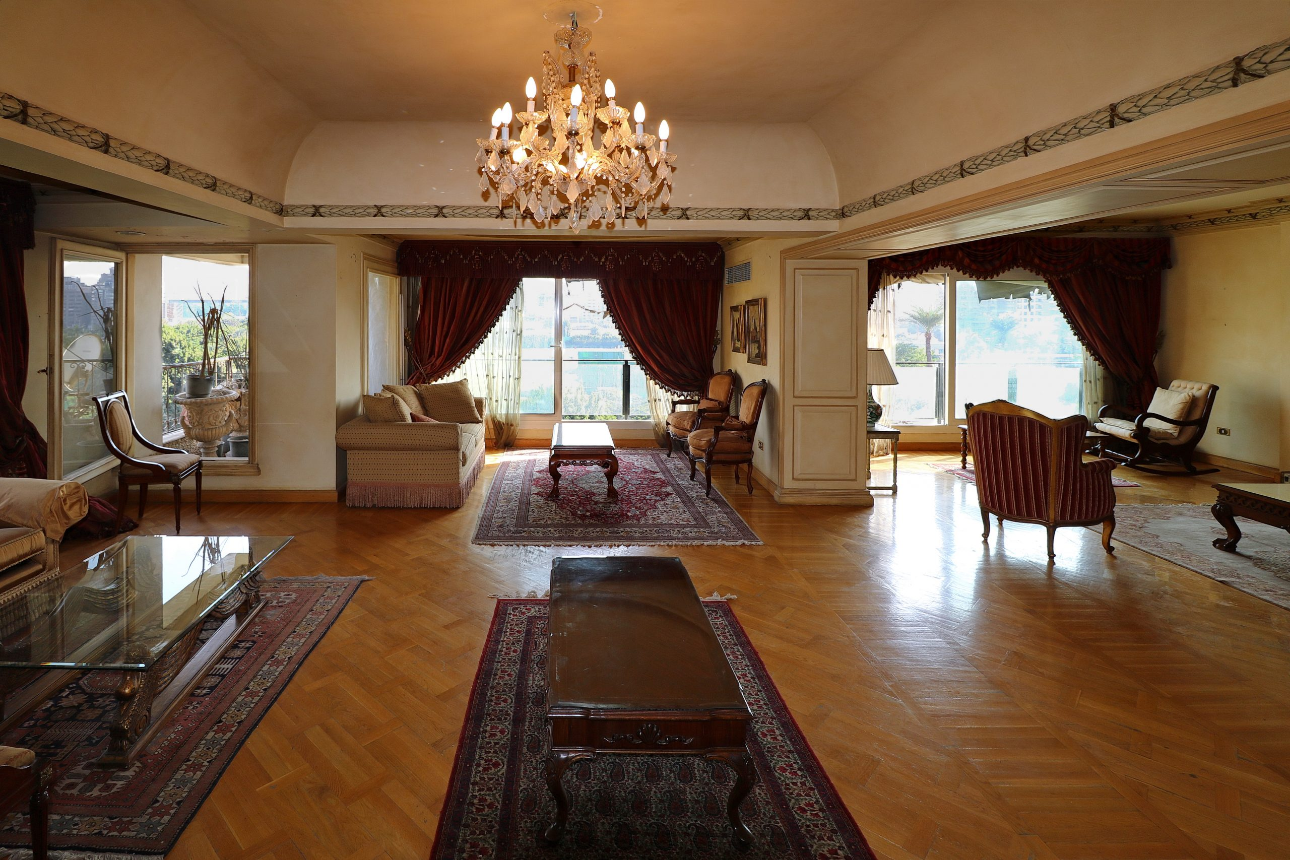 Luxury Apartment in Mohandessin